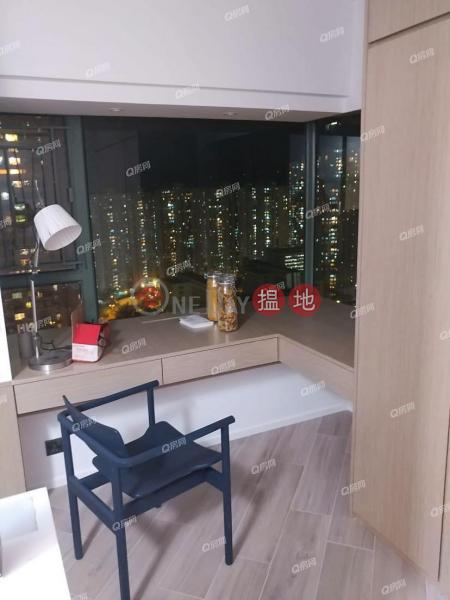品味裝修,廳大房大,即買即住《藍灣半島 1座買賣盤》-28小西灣道   柴灣區香港 出售 HK$ 860萬