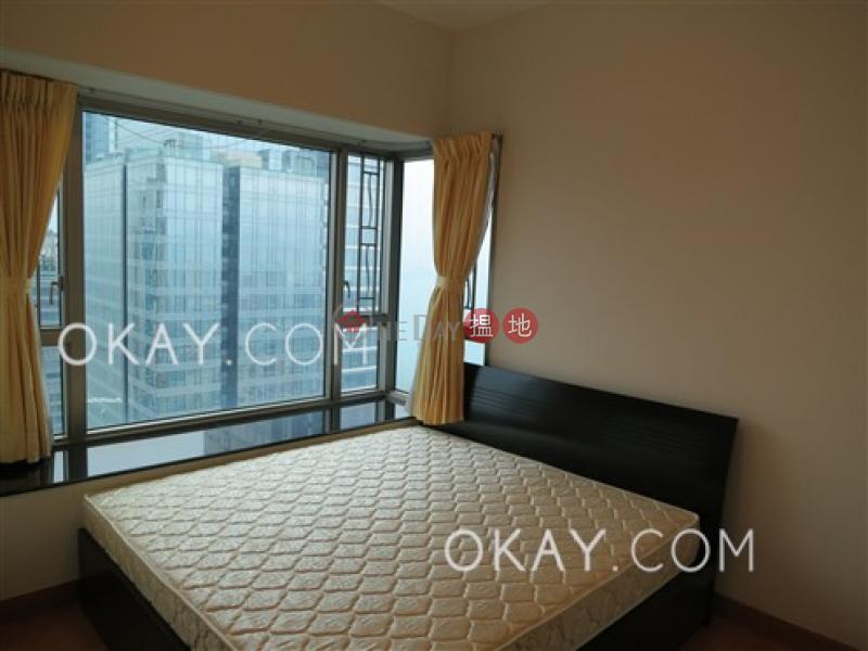 HK$ 42,500/ 月|擎天半島2期2座|油尖旺3房2廁,極高層,星級會所,露台《擎天半島2期2座出租單位》