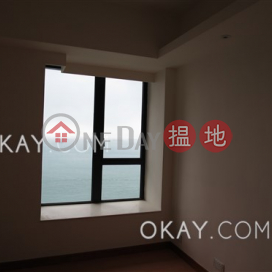 Gorgeous 3 bedroom with sea views & parking | Rental