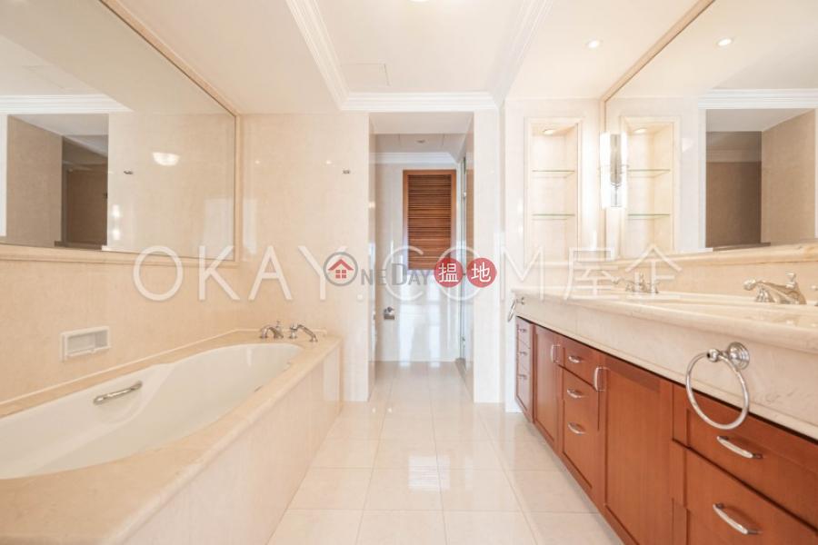 Stylish 4 bedroom with sea views & parking | Rental | Block 4 (Nicholson) The Repulse Bay 影灣園4座 Rental Listings