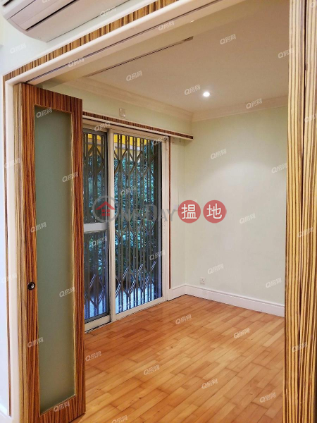 Pine Gardens | 2 bedroom Mid Floor Flat for Sale 11 Broom Road | Wan Chai District | Hong Kong | Sales | HK$ 26.8M