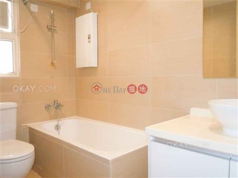 Property Search Hong Kong | OneDay | Residential | Rental Listings | Tasteful 1 bedroom in North Point Hill | Rental