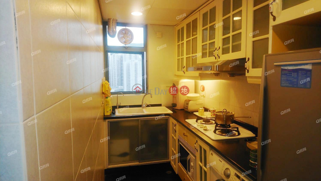 Property Search Hong Kong | OneDay | Residential, Sales Listings, Tower 8 Island Resort | 3 bedroom Low Floor Flat for Sale