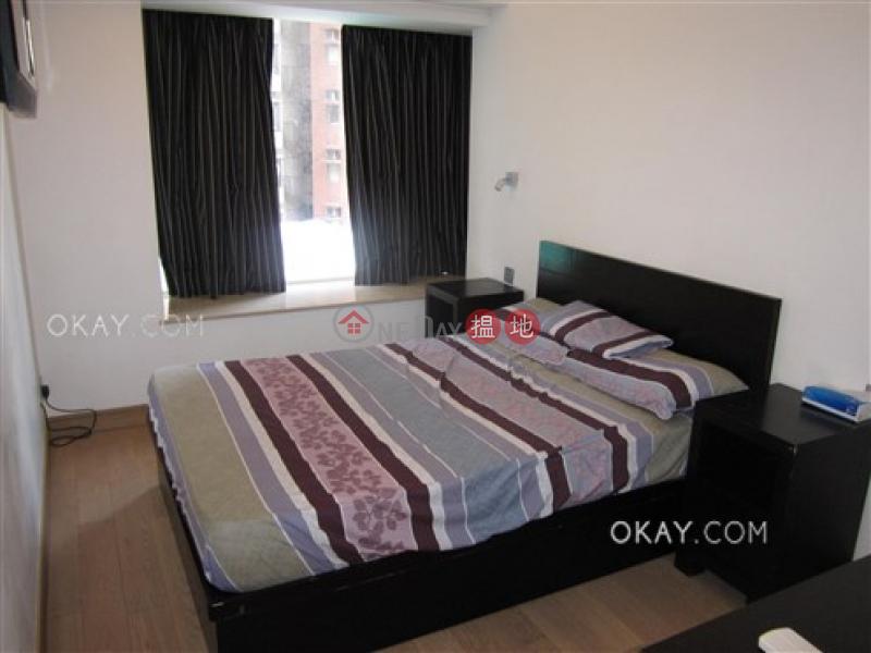 HK$ 38,000/ 月-聚賢居-中區-3房2廁,星級會所,露台聚賢居出租單位