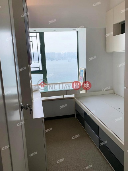 Property Search Hong Kong | OneDay | Residential | Rental Listings | Tower 9 Island Resort | 3 bedroom Mid Floor Flat for Rent