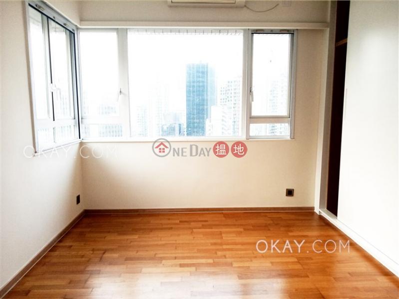Efficient 3 bedroom on high floor with parking | Rental, 128-130 Kennedy Road | Eastern District Hong Kong | Rental | HK$ 45,000/ month