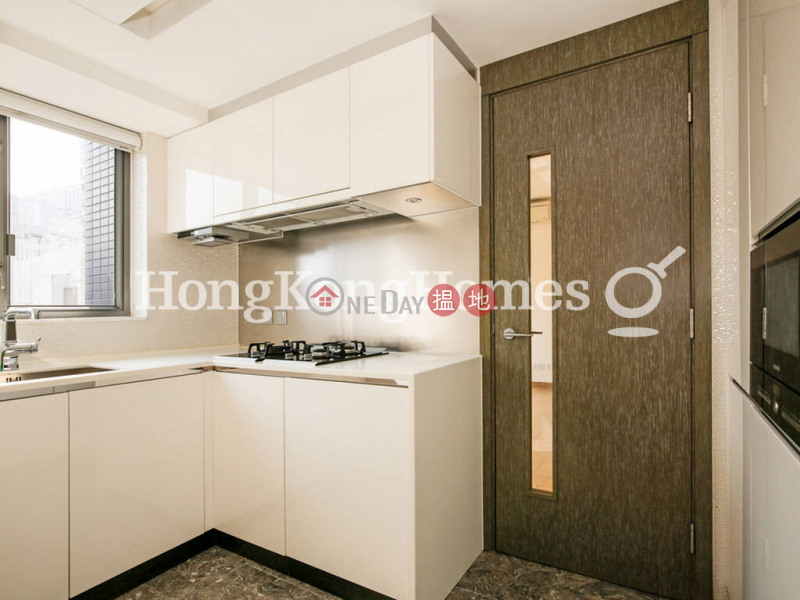 HK$ 44,000/ month | Centre Point | Central District 3 Bedroom Family Unit for Rent at Centre Point