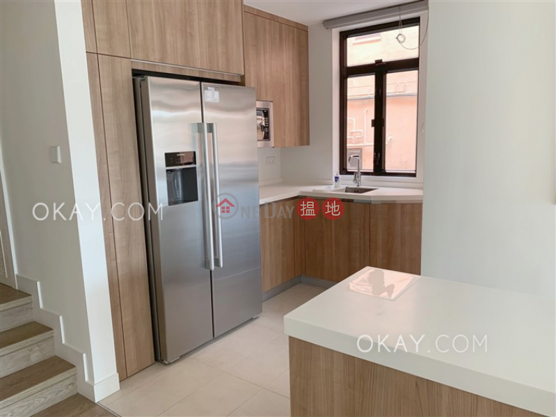 Gorgeous 3 bedroom with terrace | Rental, Phase 1 Beach Village, 9 Seabee Lane 碧濤1期海蜂徑9號 Rental Listings | Lantau Island (OKAY-R295310)