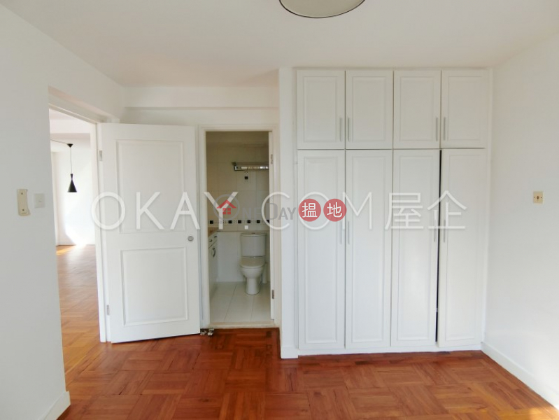 Unique 3 bedroom with parking | Rental, Block A-C Beach Pointe 海灣閣A-C座 Rental Listings | Southern District (OKAY-R14957)