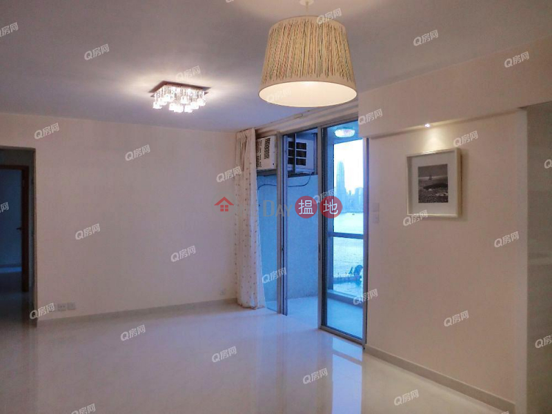 Property Search Hong Kong | OneDay | Residential, Rental Listings City Garden Block 9 (Phase 2) | 3 bedroom Mid Floor Flat for Rent