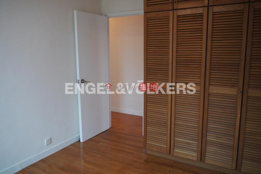 HK$ 49,000/ month Imperial Court, Western District, 3 Bedroom Family Flat for Rent in Mid Levels West