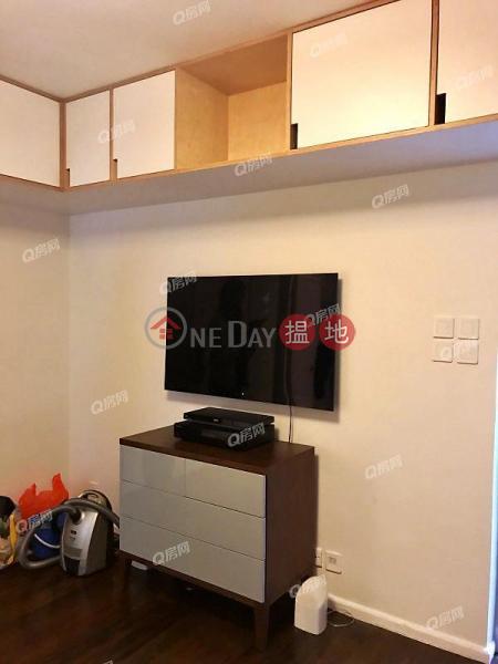 Windsor Court | 2 bedroom Low Floor Flat for Sale | Windsor Court 衛城閣 Sales Listings