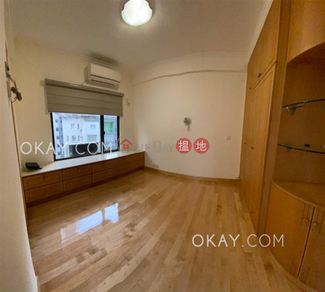 HK$ 36,800/ month Grand Court   Wan Chai District Stylish 3 bedroom in Happy Valley   Rental