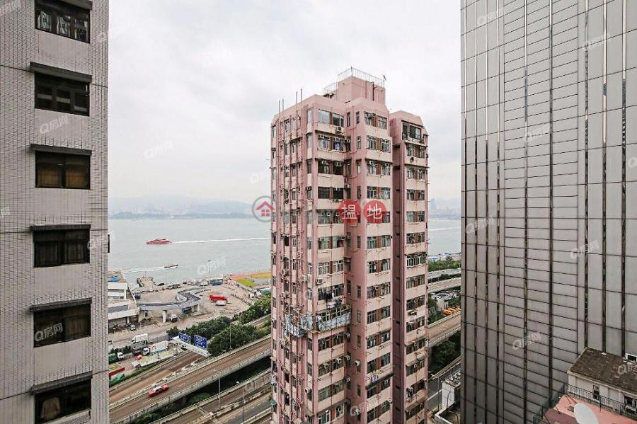 開揚海景,新樓靚裝,名校網,鄰近地鐵,實用三房《瑧璈買賣盤》321德輔道西 | 西區-香港-出售-HK$ 2,000萬