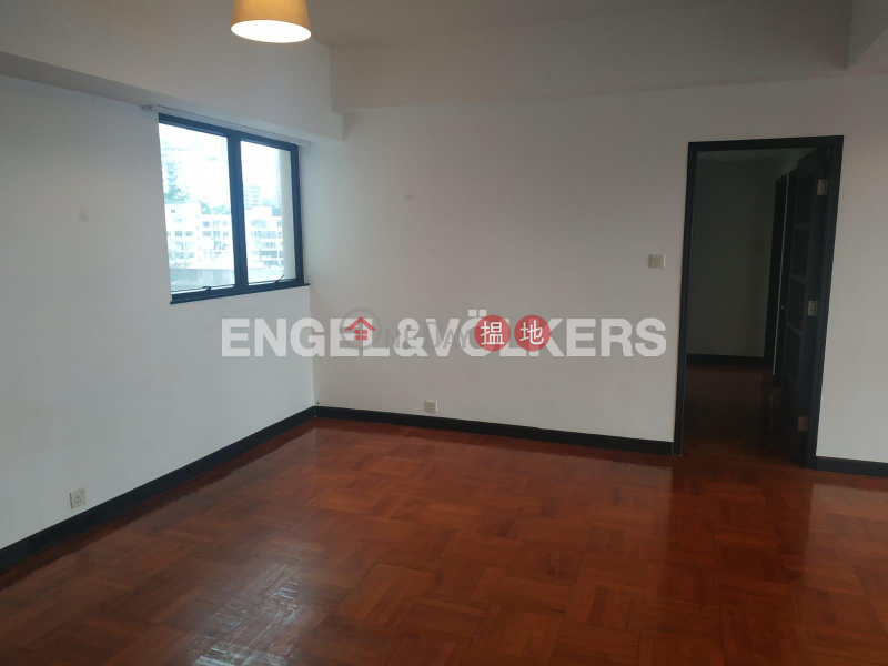 HK$ 66,000/ month, 2 Old Peak Road | Central District, 3 Bedroom Family Flat for Rent in Central Mid Levels