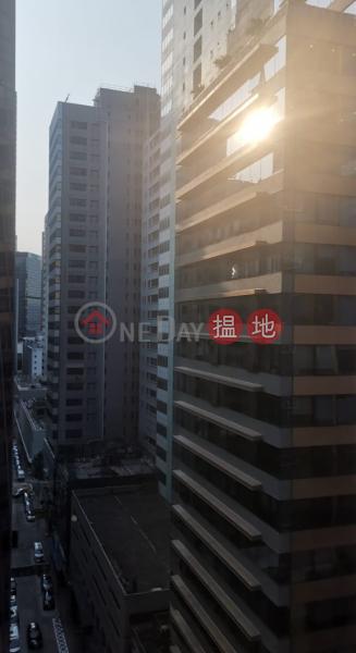 電話: 98755238 18盧押道   灣仔區 香港-出租 HK$ 46,000/ 月