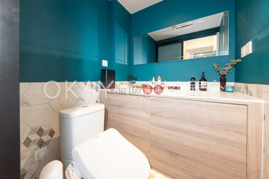 Nicely kept 2 bedroom in Sai Ying Pun | For Sale | 73-79 Des Voeux Road West | Western District, Hong Kong Sales | HK$ 10.88M