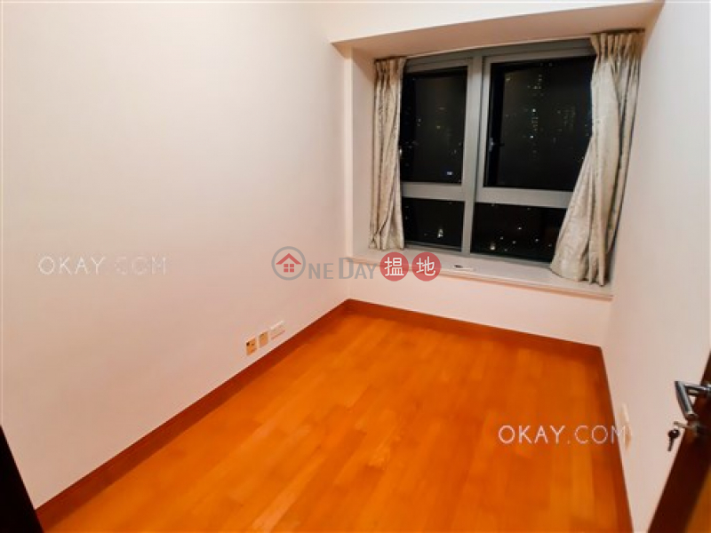 HK$ 30M | The Harbourside Tower 2 | Yau Tsim Mong, Tasteful 2 bedroom in Kowloon Station | For Sale