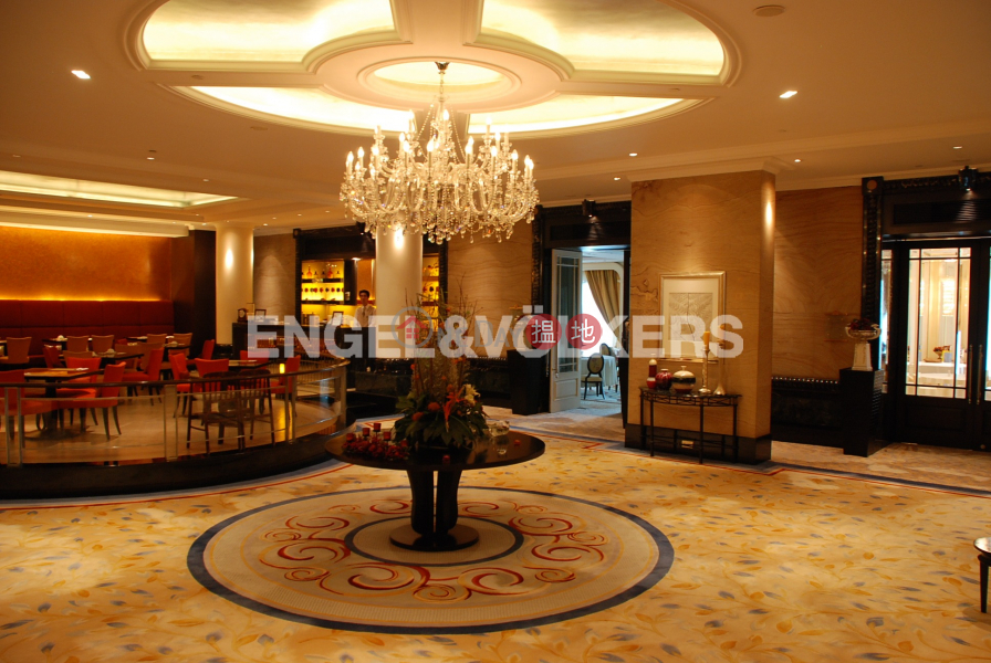 Property Search Hong Kong | OneDay | Residential Rental Listings 3 Bedroom Family Flat for Rent in Central Mid Levels