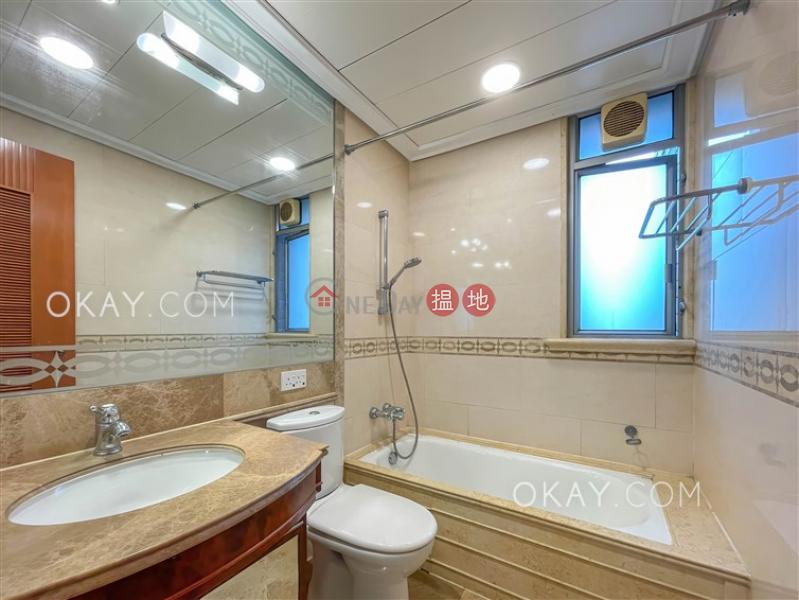 香港搵樓 租樓 二手盤 買樓  搵地   住宅 出租樓盤-3房2廁,連車位,露台君頤峰8座出租單位
