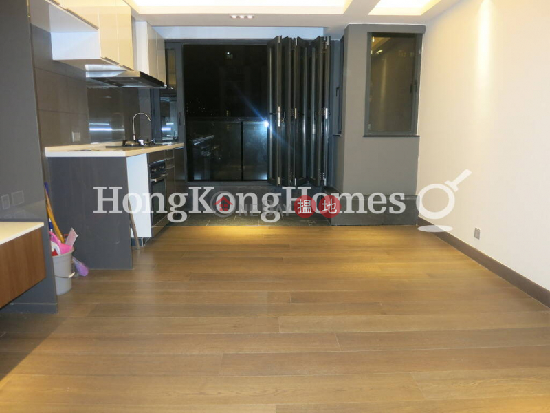 HK$ 28,000/ 月置安大廈灣仔區|置安大廈兩房一廳單位出租