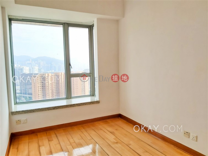 Exquisite 3 bedroom on high floor with balcony | Rental | Parc Palais Tower 3 君頤峰3座 Rental Listings