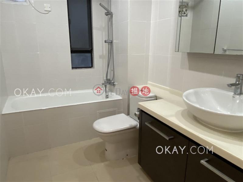 3房2廁,連車位,露台《杏彤苑出租單位》1A寶珊道   西區香港 出租 HK$ 70,000/ 月