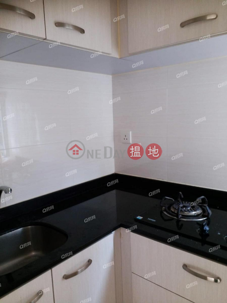 Property Search Hong Kong | OneDay | Residential | Rental Listings Tung Cheung Building | 2 bedroom Low Floor Flat for Rent