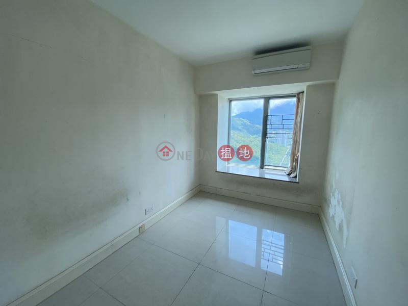 HK$ 16,500/ month Caribbean Coast, Phase 2 Albany Cove, Tower 6 | Lantau Island High Floor