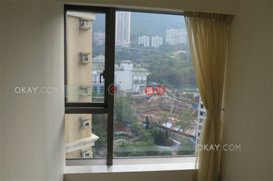 HK$ 55,000/ month, Regent Hill Wan Chai District Unique 3 bedroom on high floor with balcony | Rental