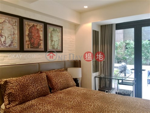 Stylish 1 bedroom with terrace | For Sale|Mandarin Building(Mandarin Building)Sales Listings (OKAY-S186127)_0