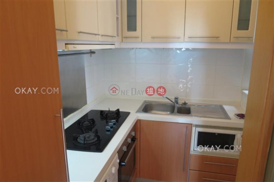 HK$ 35,000/ month Palatial Crest, Western District   Unique 2 bedroom in Mid-levels West   Rental