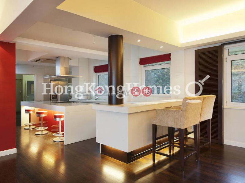 3 Bedroom Family Unit for Rent at Eredine | Eredine 七重天大廈 Rental Listings