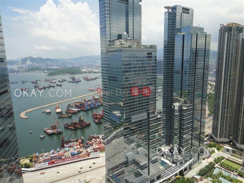 Luxurious 3 bed on high floor with balcony & parking | Rental | The Harbourside Tower 2 君臨天下2座 Rental Listings