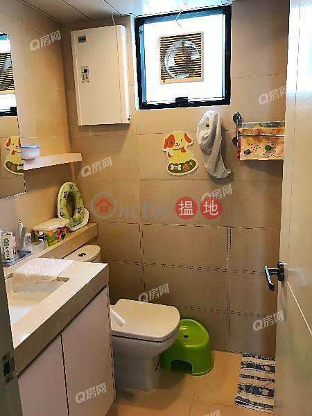 HK$ 3,000萬薄扶林花園-西區 高層海景,特色單位《薄扶林花園買賣盤》