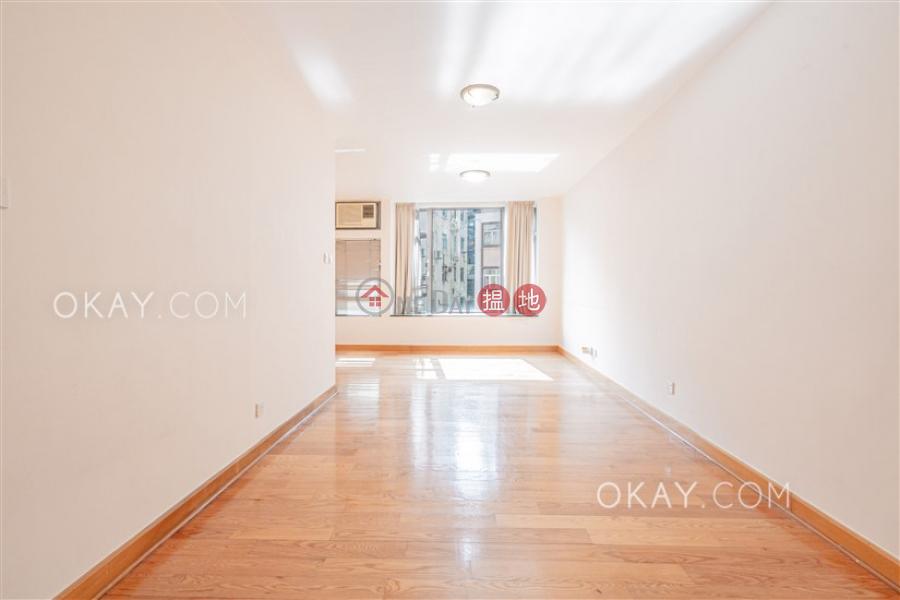Practical 2 bedroom in Sheung Wan   Rental   Hollywood Terrace 荷李活華庭 Rental Listings