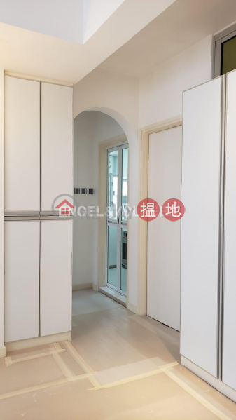 HK$ 26,000/ month | Wah Hing Industrial Mansions, Wong Tai Sin District, 2 Bedroom Flat for Rent in San Po Kong
