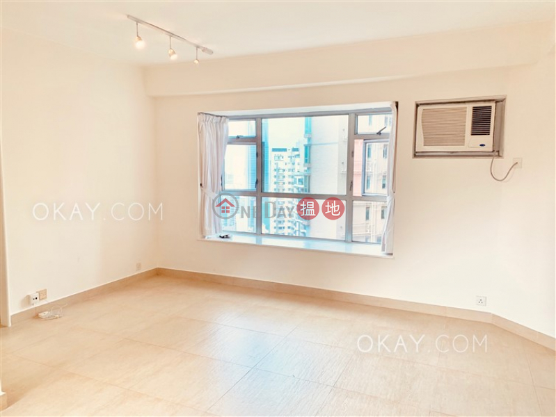 HK$ 43,000/ month Conduit Tower, Western District   Lovely 2 bed on high floor with harbour views & parking   Rental