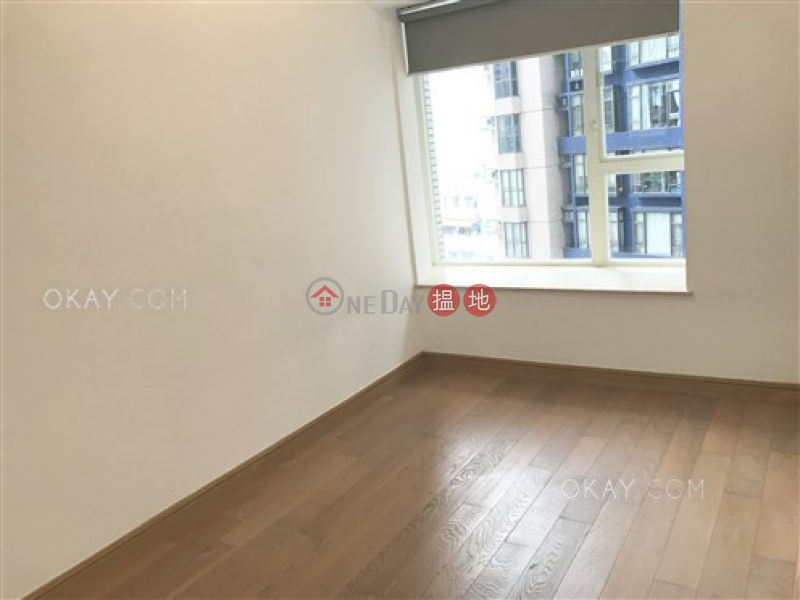 Tasteful 3 bedroom with balcony | For Sale | Centrestage 聚賢居 Sales Listings