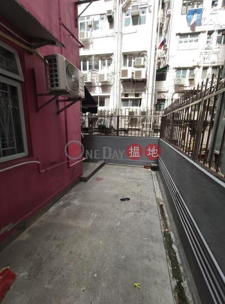 Flat for Rent in Shu Fat Building, Wan Chai | Shu Fat Building 樹發樓 Rental Listings