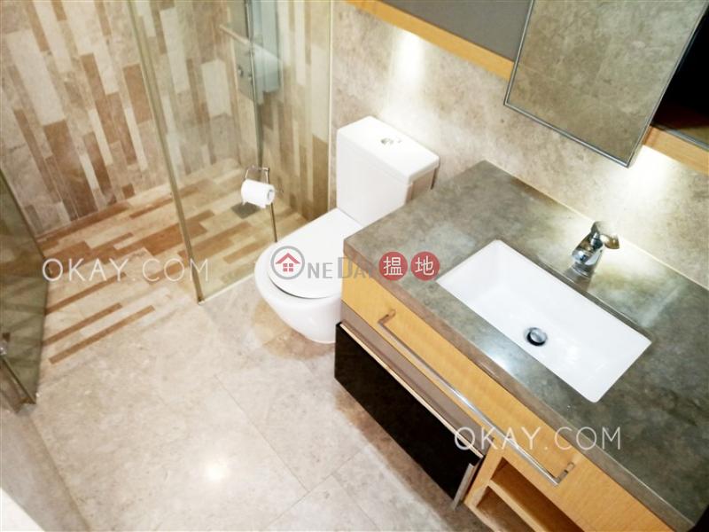 3房2廁,極高層,星級會所,露台《形品出租單位》-38明園西街 | 東區|香港-出租HK$ 35,000/ 月