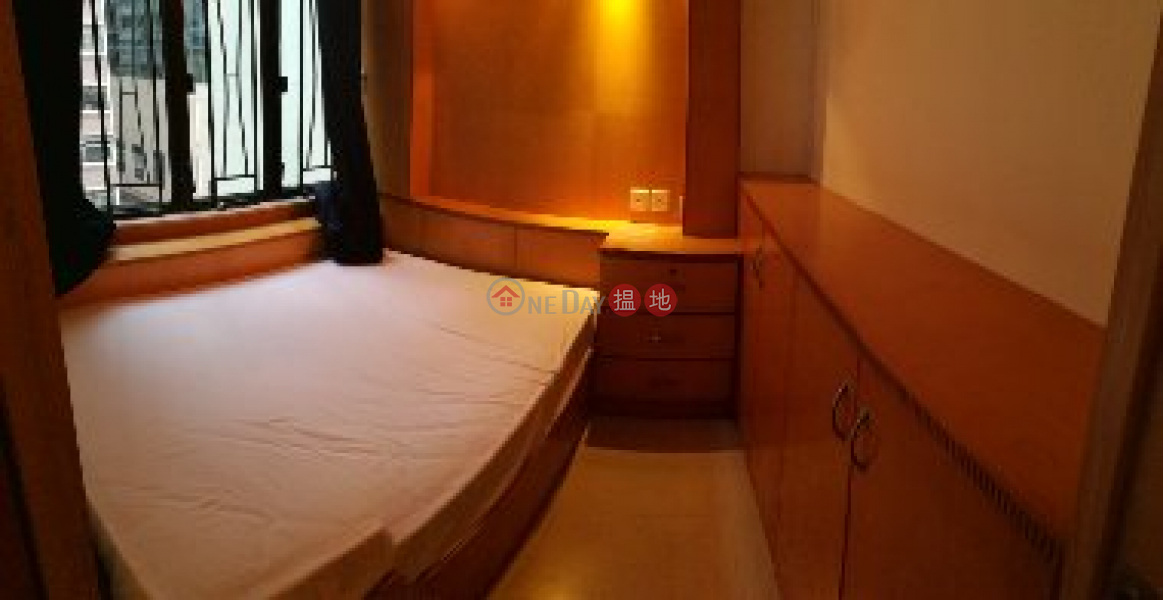 Flat for Rent in Lap Hing Building, Wan Chai, 275-285 Hennessy Road | Wan Chai District | Hong Kong Rental HK$ 14,500/ month