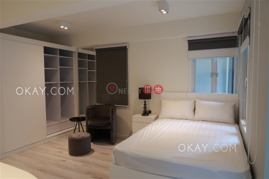 HK$ 9.8M, Ying Pont Building Central District, Generous with terrace in Central | For Sale