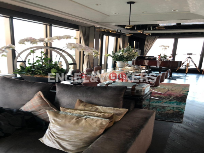 Property Search Hong Kong | OneDay | Residential Rental Listings | 4 Bedroom Luxury Flat for Rent in Shek Tong Tsui