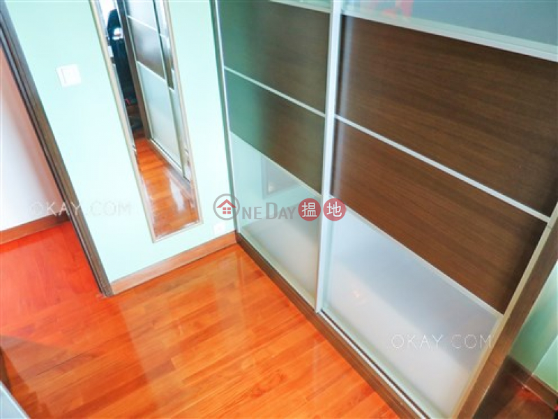 HK$ 44,000/ month, Palatial Crest | Western District Gorgeous 3 bedroom in Mid-levels West | Rental