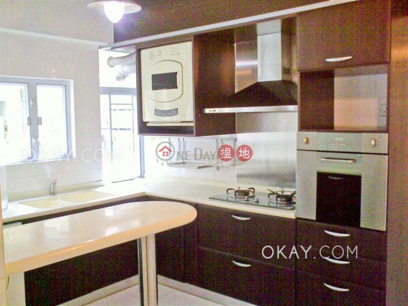 HK$ 55,000/ 月-滿輝大廈 灣仔區-3房2廁,實用率高,連車位,露台《滿輝大廈出租單位》