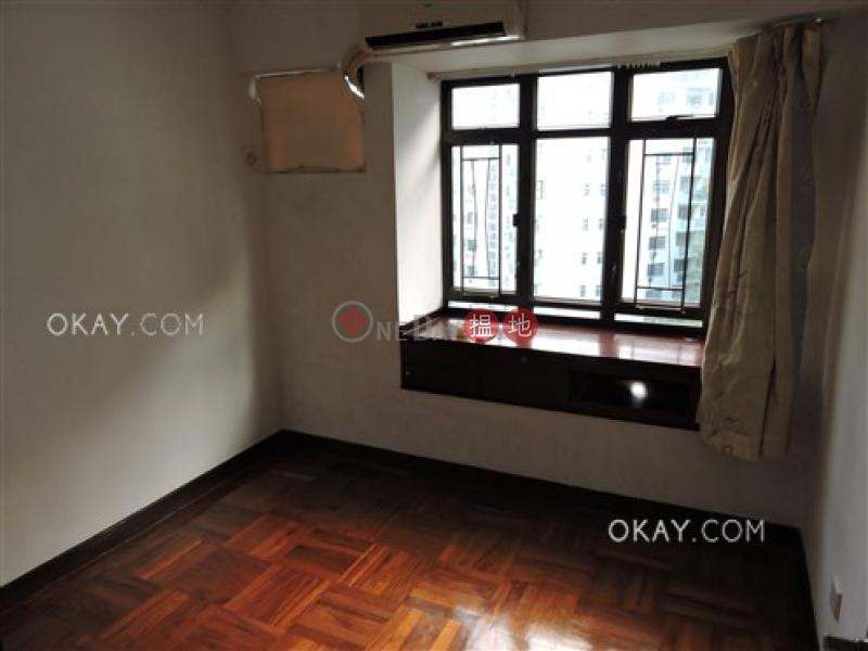 3房2廁《麗豪閣出租單位》 8干德道   西區 香港 出租-HK$ 36,000/ 月