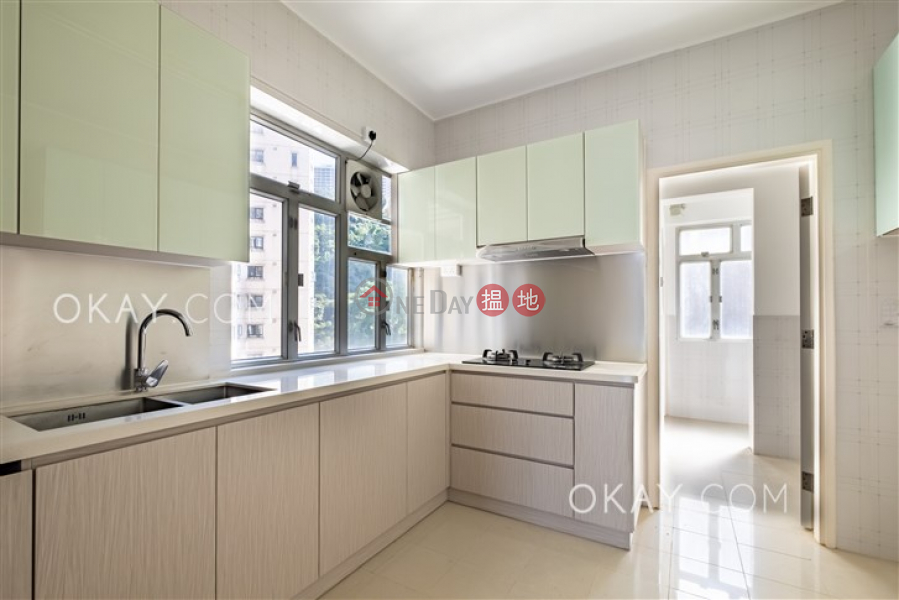 Efficient 3 bed on high floor with balcony & parking | For Sale | Dragon Garden 龍園 Sales Listings