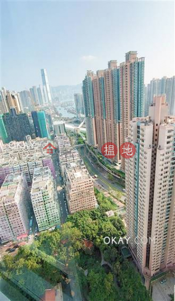 Unique 2 bedroom on high floor | For Sale | Tower 6 Phase 1 Metro Harbour View 港灣豪庭1期6座 Sales Listings