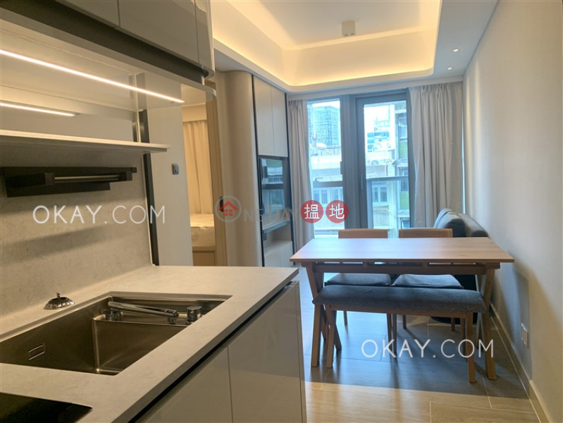 HK$ 36,500/ month On Fung Building | Western District, Nicely kept 2 bedroom with balcony | Rental